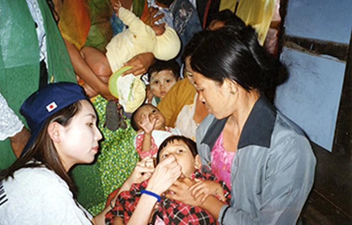 ミャンマーにてWHOとのポリオ撲滅事業に参加